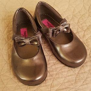 Dark gray dress shoes